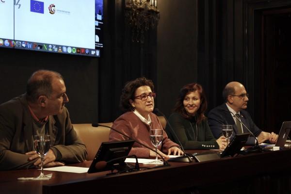foto mesa participantes congreso Caribe, investigación
