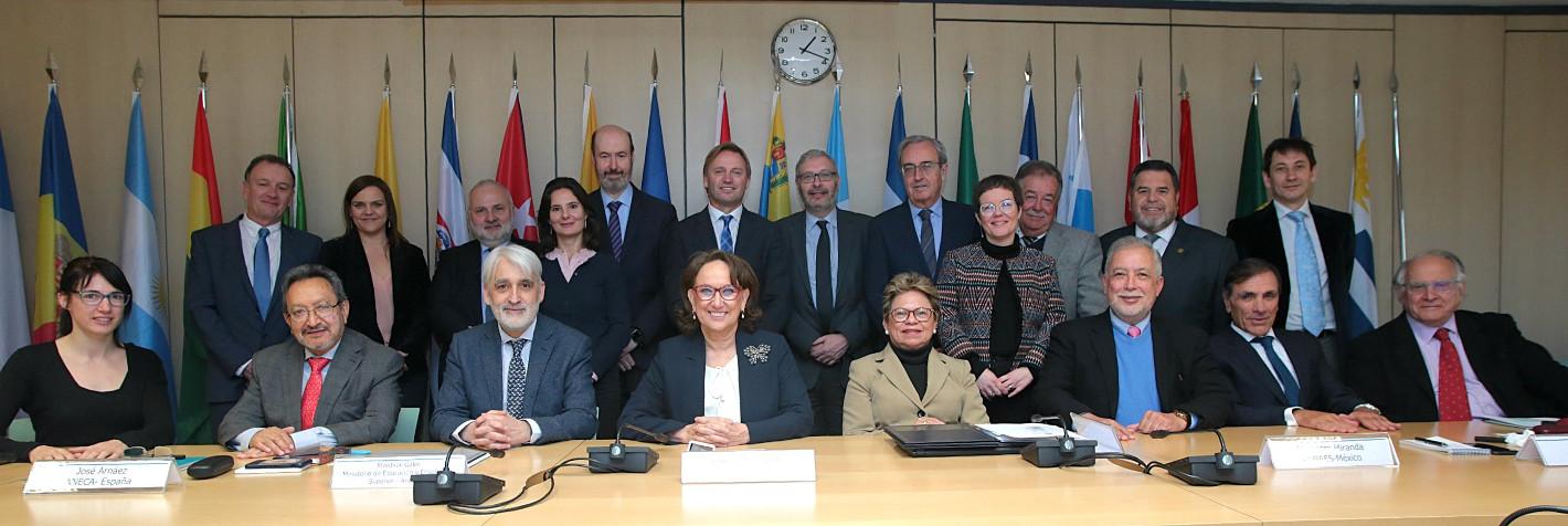 Foto de familia reunión del Sisyema de aseguramiento de la calidad de la Educación Superior USAL